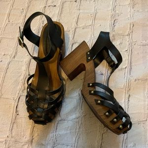 Top shop 38 black leather heeled strappy clogs
